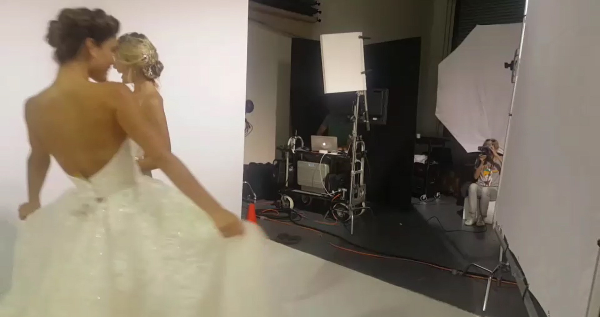 behind the scene photoshoot